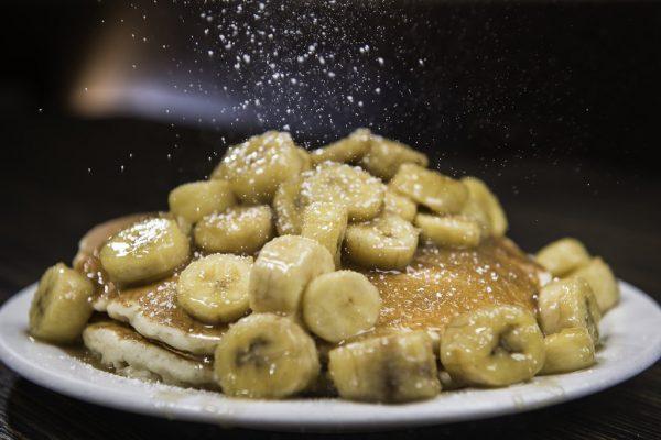 Плоды употребляются в свежем, сушеном, консервированном и вареном виде.